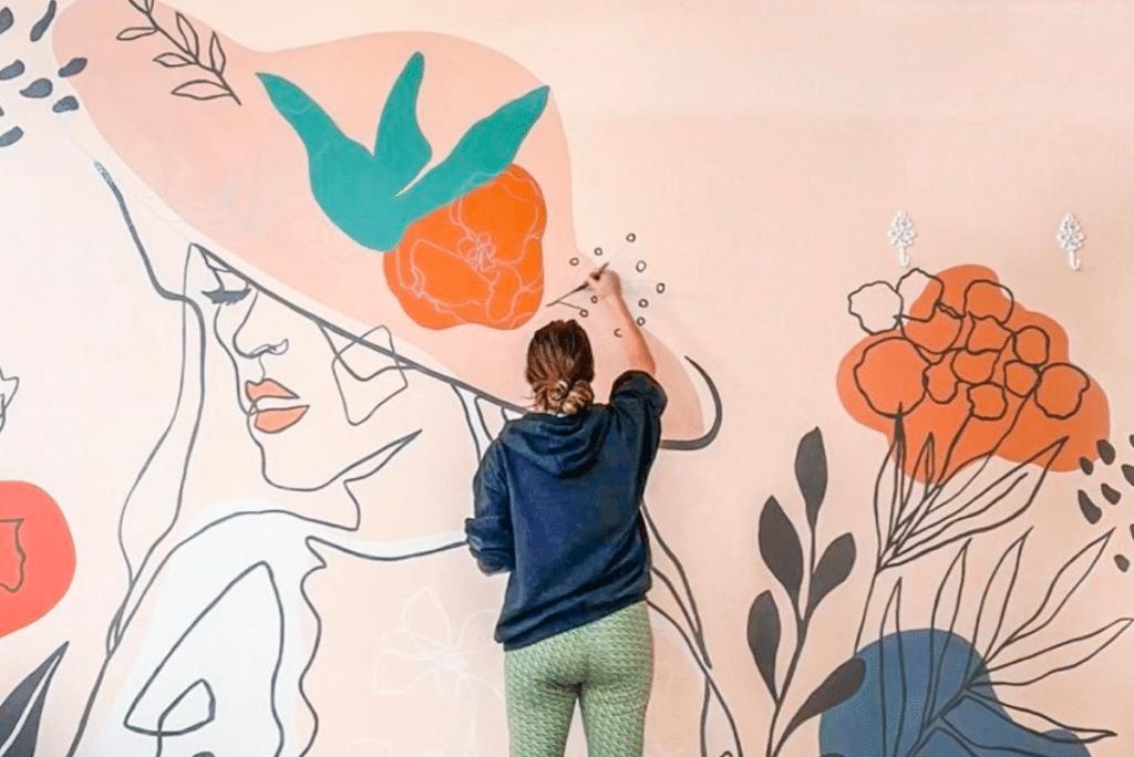 15 Powerful Murals Of Women Painted Across Dallas