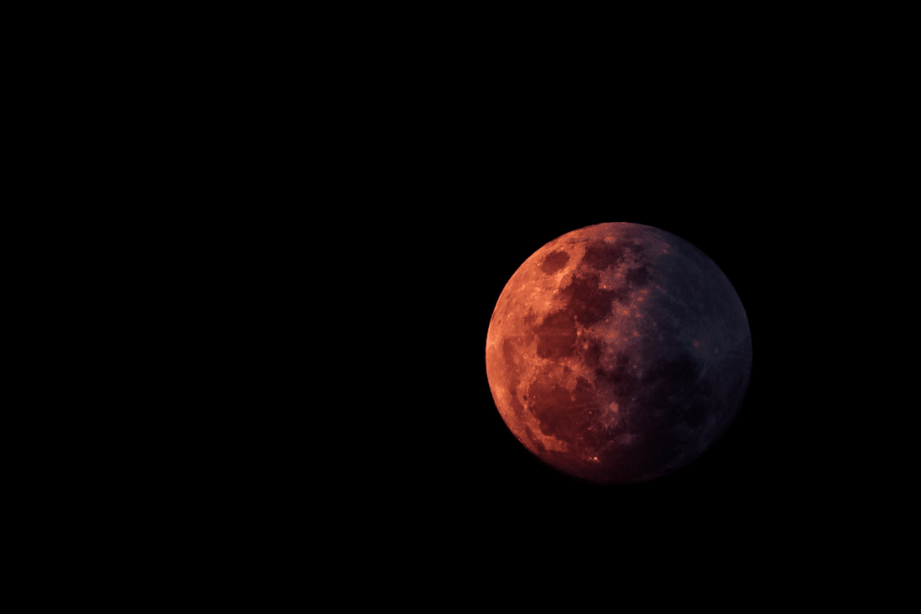 Total Lunar Eclipse And Brightest Moon Of 2021 To Illuminate Texas Skies This Month